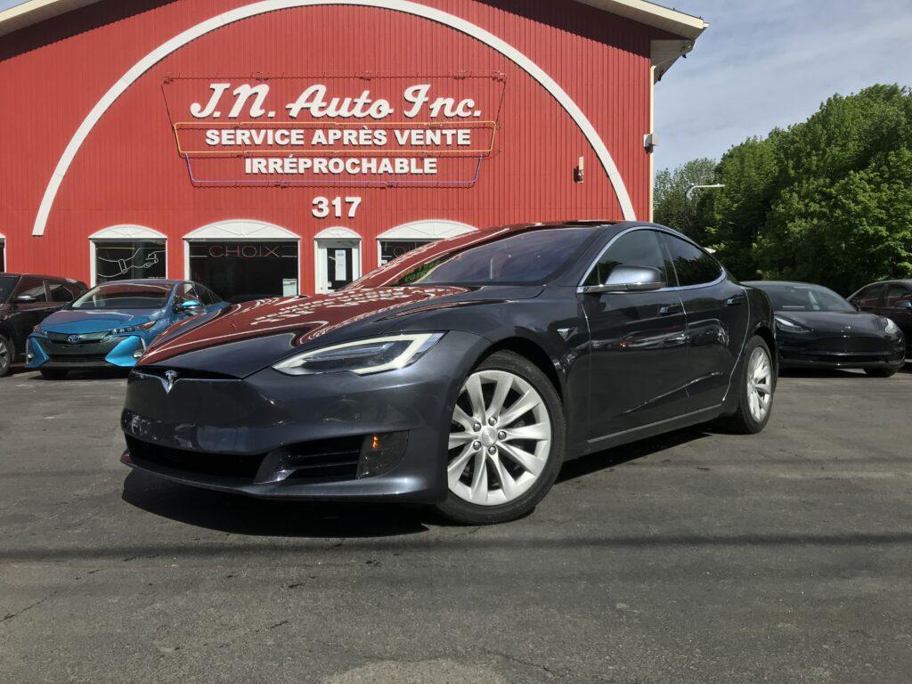 2017 Model S 90D