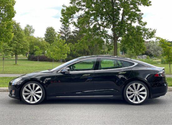 Used Tesla 2015 Model S 70D